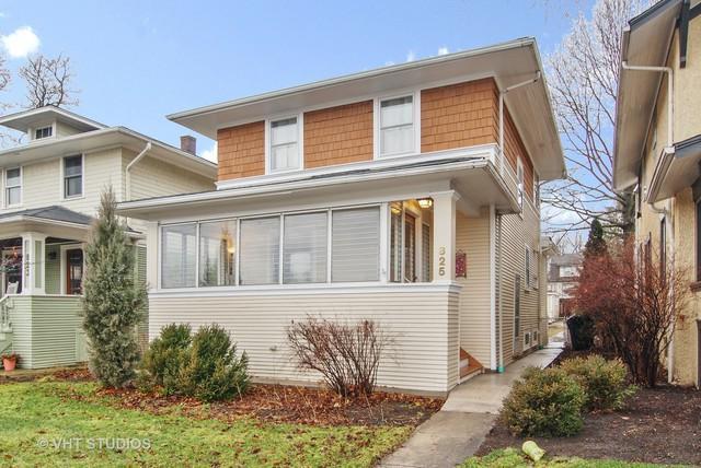 825 N Ridgeland Avenue, Oak Park, IL 60302 (MLS #09864589) :: The Dena Furlow Team - Keller Williams Realty