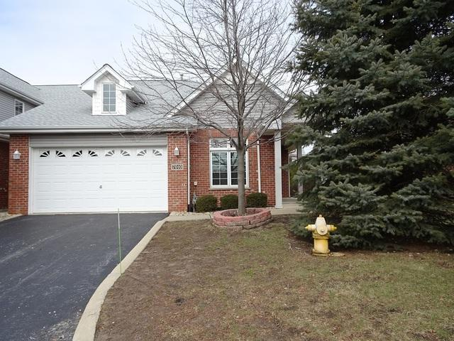 7010 Irenes Courtyard, Tinley Park, IL 60477 (MLS #09864762) :: The Wexler Group at Keller Williams Preferred Realty