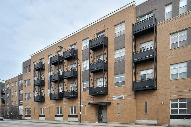 2915 N Clybourn Avenue #313, Chicago, IL 60618 (MLS #09864790) :: Lewke Partners