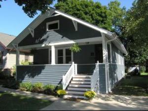 246 W Willow Street, Lombard, IL 60148 (MLS #09864866) :: Lewke Partners