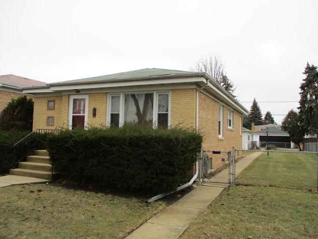 3002 Wilcox Avenue, Bellwood, IL 60104 (MLS #09864870) :: The Dena Furlow Team - Keller Williams Realty