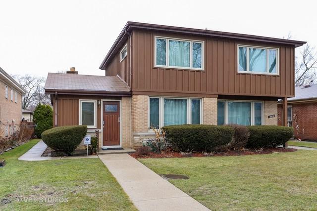 8616 Monticello Avenue, Skokie, IL 60076 (MLS #09864910) :: Lewke Partners
