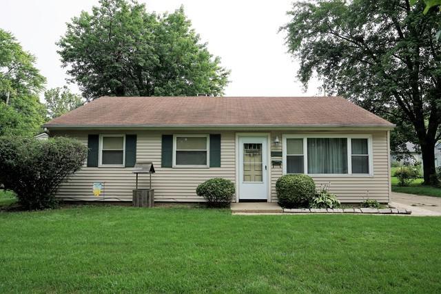 1504 Joanne Lane, Champaign, IL 61821 (MLS #09864943) :: Littlefield Group