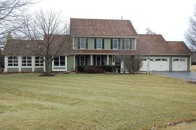 43W303 Buck Court, St. Charles, IL 60175 (MLS #09865003) :: The Wexler Group at Keller Williams Preferred Realty