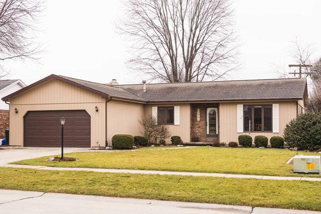 1509 Country Lake Drive, Champaign, IL 61821 (MLS #09865084) :: Littlefield Group