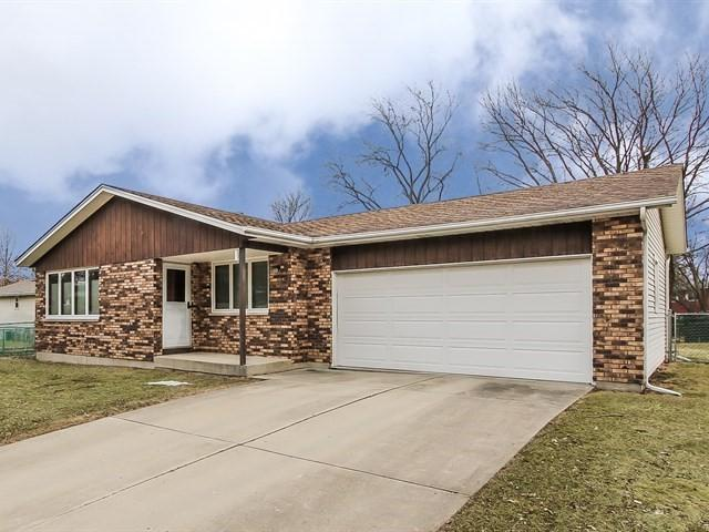 83 Lockman Circle, Elgin, IL 60123 (MLS #09865109) :: Lewke Partners