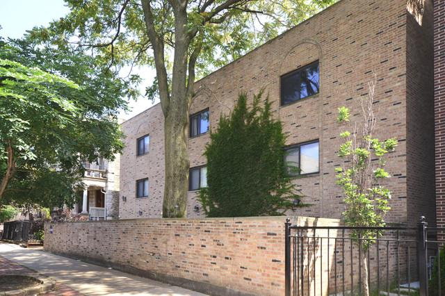 711 W Melrose Street A1, Chicago, IL 60657 (MLS #09865203) :: The Dena Furlow Team - Keller Williams Realty