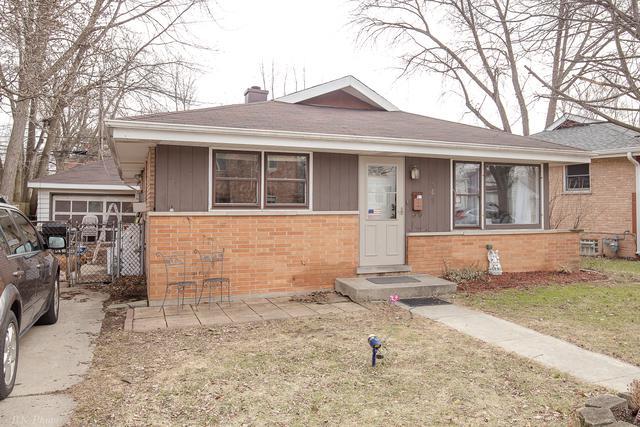 5469 Edison Avenue, Oak Lawn, IL 60453 (MLS #09865264) :: Lewke Partners