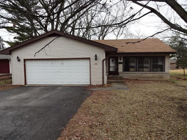 1408 S Naperville Road, Wheaton, IL 60189 (MLS #09865312) :: The Dena Furlow Team - Keller Williams Realty