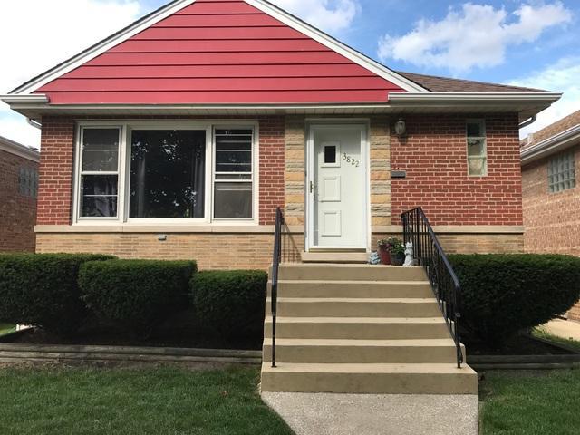 3822 S Elmwood Avenue, Berwyn, IL 60402 (MLS #09865521) :: The Dena Furlow Team - Keller Williams Realty