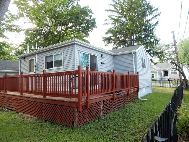 273 Lippincott Lane, Fox Lake, IL 60020 (MLS #09868605) :: The Jacobs Group