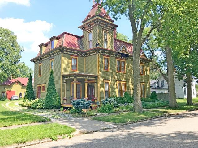 506 Carroll Street, Henry, IL 61537 (MLS #09868869) :: Littlefield Group