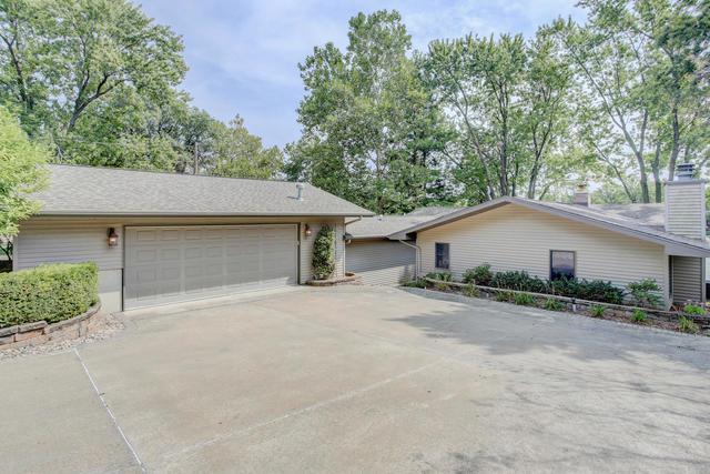1014 Parker Terrace, Loda, IL 60948 (MLS #09870609) :: Ryan Dallas Real Estate