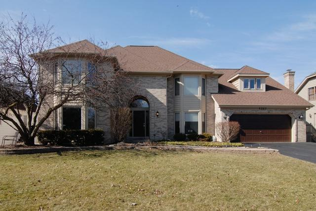 2337 River Woods Drive, Naperville, IL 60565 (MLS #09870846) :: The Jacobs Group