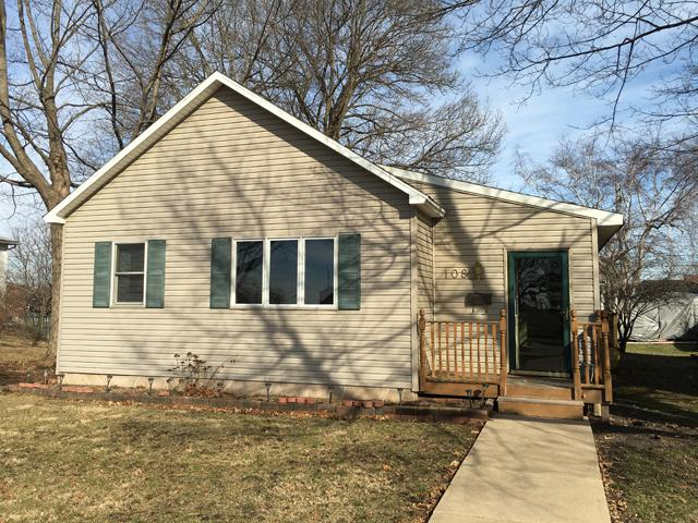 108 E Cleveland Street, Spring Valley, IL 61362 (MLS #09872329) :: The Jacobs Group