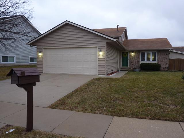 930 Mocassin Court, Carol Stream, IL 60188 (MLS #09873336) :: The Jacobs Group