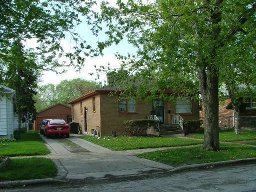 32 E 149TH Street, Harvey, IL 60426 (MLS #09873895) :: The Jacobs Group