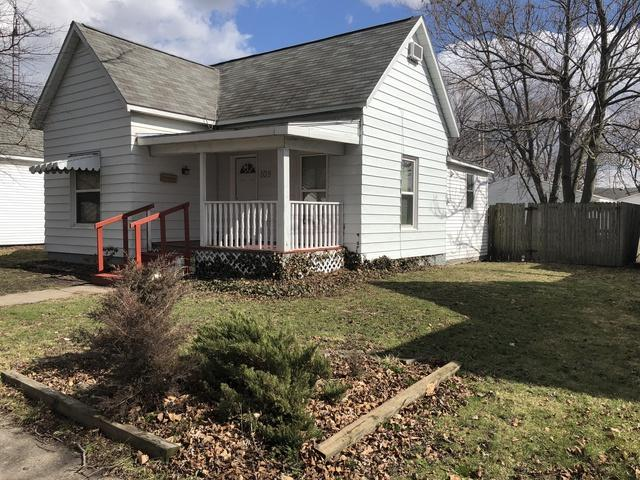 109 S Pine Street, VILLA GROVE, IL 61956 (MLS #09875364) :: Ryan Dallas Real Estate