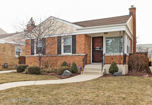 7228 N Meade Avenue, Chicago, IL 60646 (MLS #09877123) :: Littlefield Group