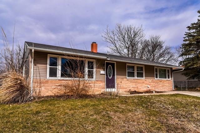 3074 Wakefield Drive, Carpentersville, IL 60110 (MLS #09877640) :: Littlefield Group