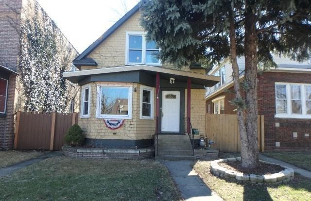 2443 Grunewald Street, Blue Island, IL 60406 (MLS #09877715) :: The Jacobs Group