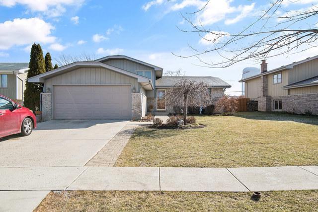 621 Gavin Avenue, Romeoville, IL 60446 (MLS #09877976) :: The Jacobs Group