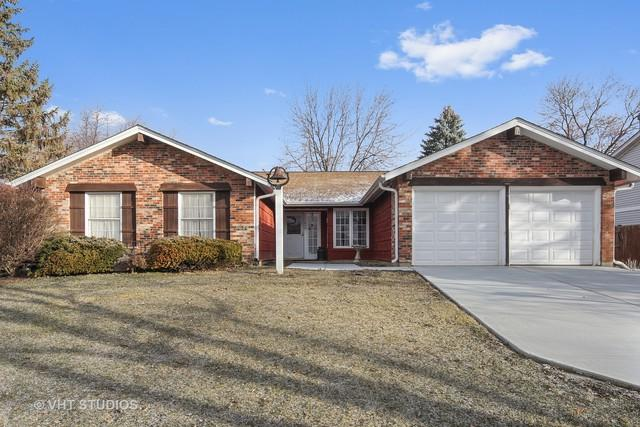 249 Hawthorne Drive, Bloomingdale, IL 60108 (MLS #09878199) :: The Jacobs Group