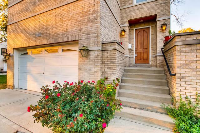 10716 Diversey Avenue, Melrose Park, IL 60164 (MLS #09878766) :: The Jacobs Group