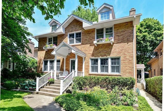 1620 Washington Avenue, Wilmette, IL 60091 (MLS #09879400) :: Domain Realty
