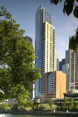 420 E Waterside Drive #4014, Chicago, IL 60601 (MLS #09879538) :: Berkshire Hathaway Koenig Rubloff - Carroll Real Estate Group