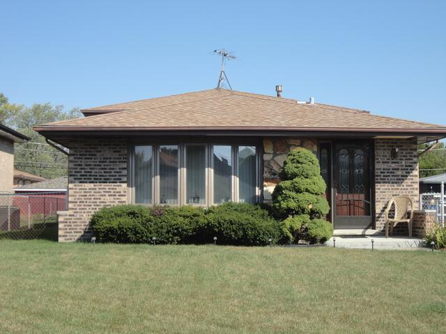 7714 W 83RD Street, Bridgeview, IL 60455 (MLS #09879606) :: The Jacobs Group