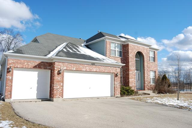 1689 Forest View Way, Antioch, IL 60002 (MLS #09880181) :: The Jacobs Group