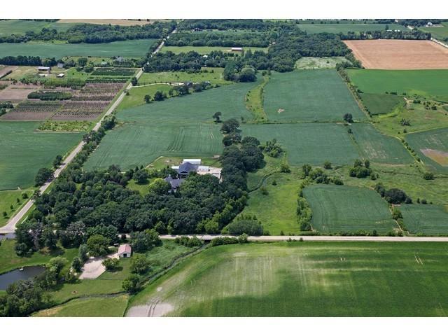 16556 County Line Road, Capron, IL 61012 (MLS #09880473) :: Ani Real Estate
