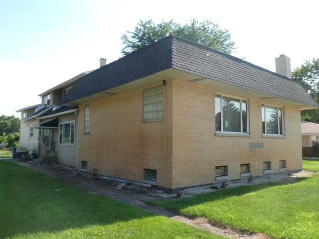 7001 W 107TH Street, Worth, IL 60482 (MLS #09881068) :: The Jacobs Group