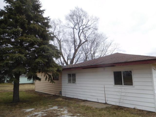 130 N Oak Street, Ludlow, IL 60949 (MLS #09881283) :: Domain Realty