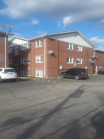 10105 W Hartford Court 1A, Schiller Park, IL 60176 (MLS #09881532) :: The Jacobs Group