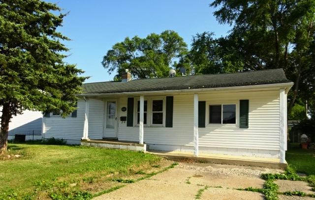 1107 W 19th Street, Rock Falls, IL 61071 (MLS #09881655) :: The Jacobs Group