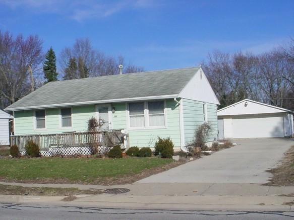 1102 N Lincoln Avenue, Urbana, IL 61801 (MLS #09881786) :: Ryan Dallas Real Estate