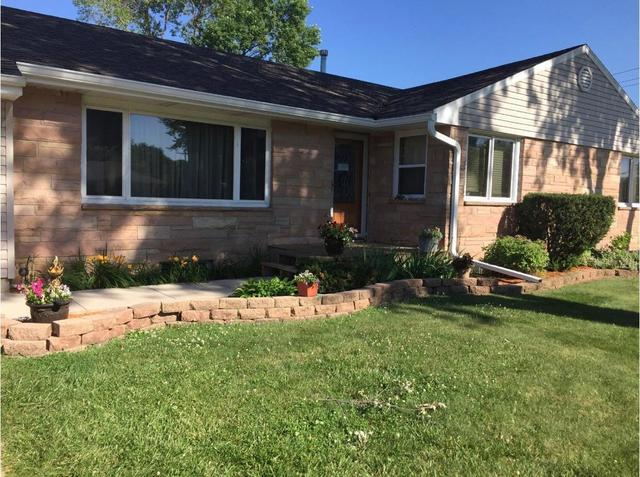 601 Wiker Drive, Rock Falls, IL 61071 (MLS #09881787) :: The Jacobs Group