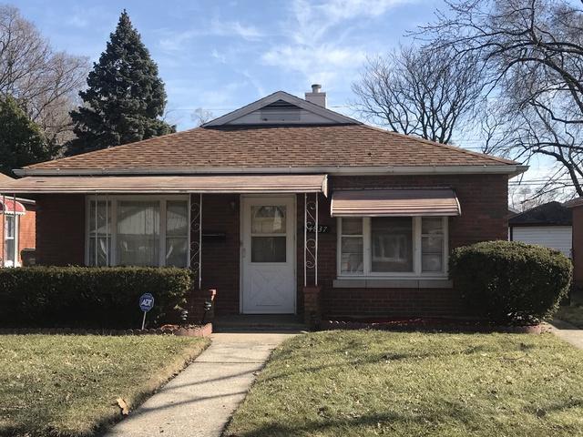 14837 Oak Street, Dolton, IL 60419 (MLS #09881941) :: Domain Realty