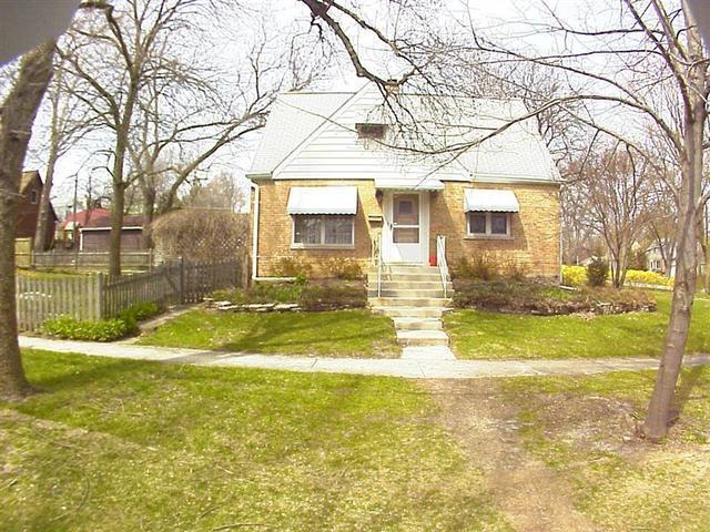 806 Pick Street, Wheaton, IL 60187 (MLS #09882091) :: The Jacobs Group
