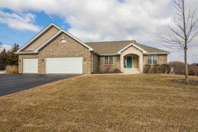 9672 Rambouillet Ridge, Roscoe, IL 61073 (MLS #09882350) :: Littlefield Group