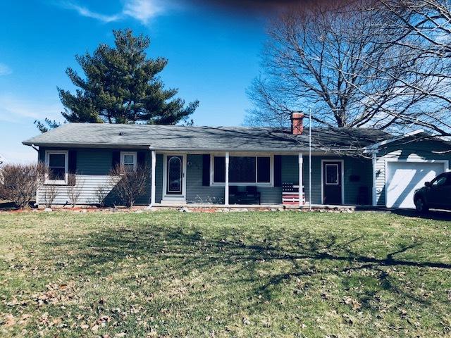 403 N Henson Road, VILLA GROVE, IL 61956 (MLS #09882533) :: Ryan Dallas Real Estate