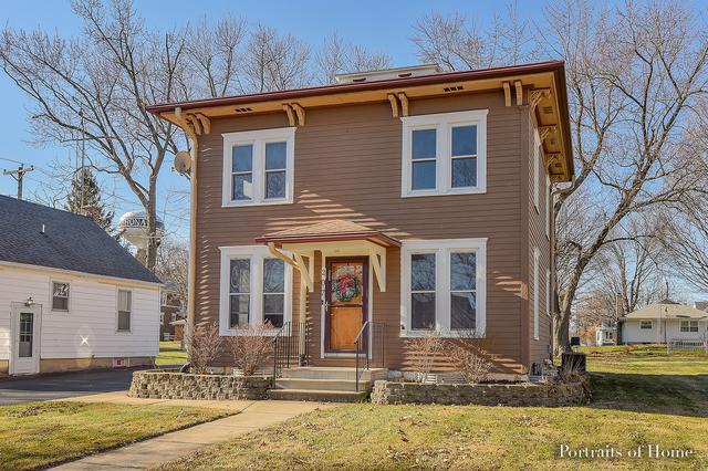 207 N Hiawatha Street, Shabbona, IL 60550 (MLS #09882620) :: Domain Realty