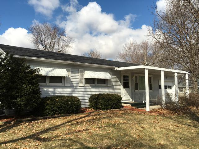 210 Elm Street, Spring Valley, IL 61362 (MLS #09882829) :: The Jacobs Group
