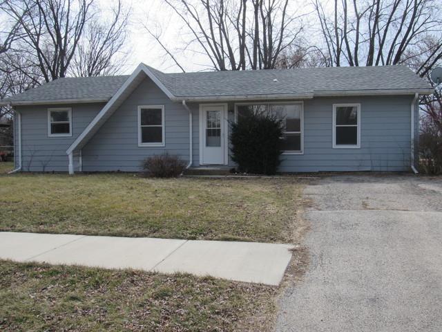 206 W Morris Street, Elwood, IL 60421 (MLS #09882966) :: Domain Realty