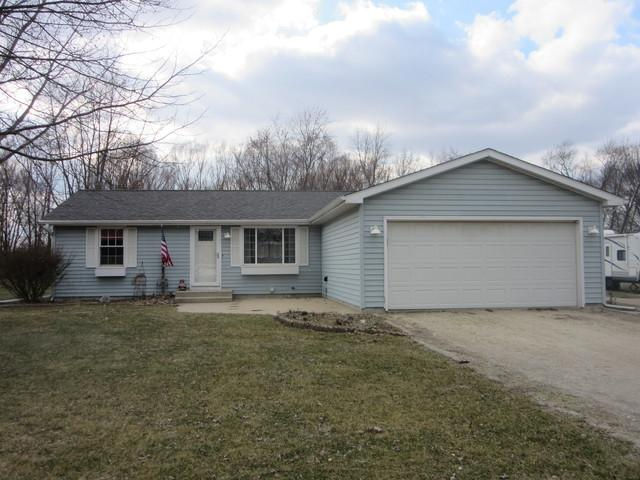148 N English Street, Braidwood, IL 60408 (MLS #09883125) :: Domain Realty