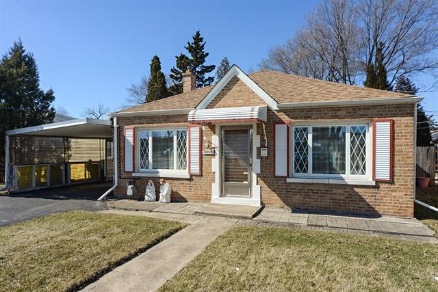 4008 Grace Street, Schiller Park, IL 60176 (MLS #09883356) :: Domain Realty