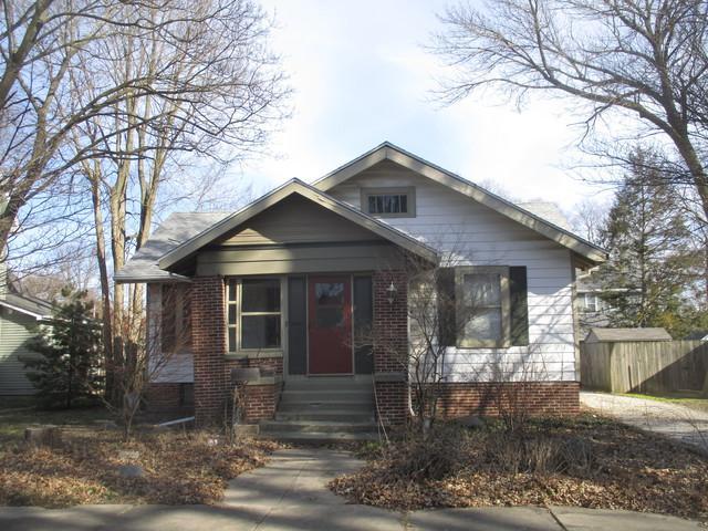 306 E Houghton Street, Tuscola, IL 61953 (MLS #09883421) :: Ryan Dallas Real Estate
