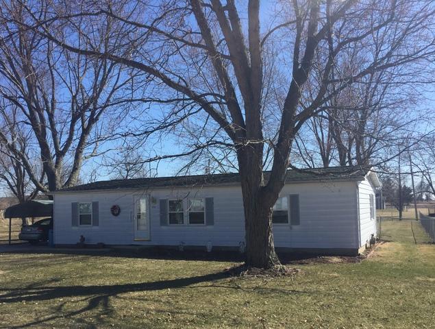 314 Larson Street, Paxton, IL 60957 (MLS #09883437) :: Littlefield Group